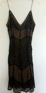 Carmen Marc Valvo Dress Black Nude Lace 6 Pristine